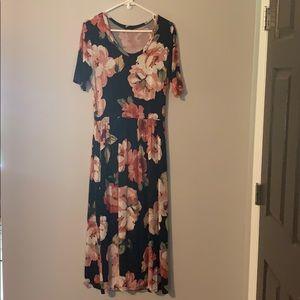 Promesa Floral Dress Size Large
